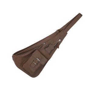 bandolera de piel cruzada marrón, artesana y hecha en España