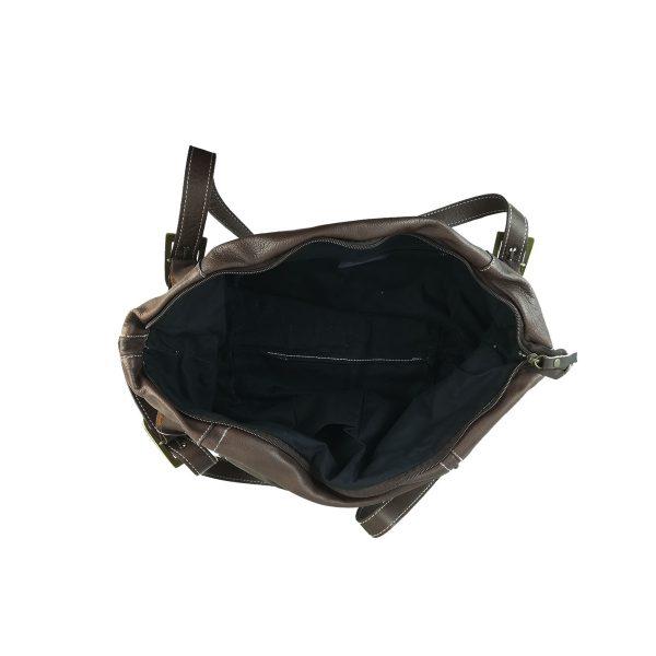 bolso de piel marrón interior