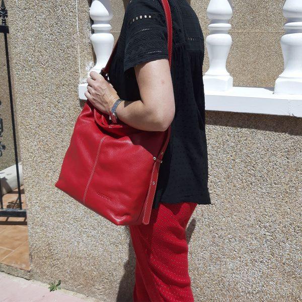 bolso de piel cuco rojo modelo-min