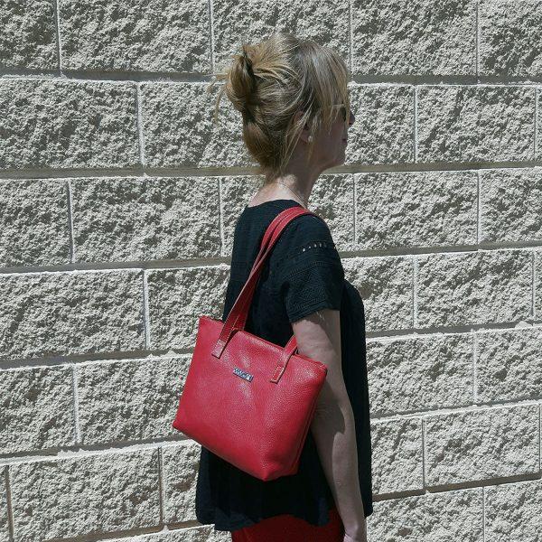 bolso de piel shopping mediano rojo modelo1