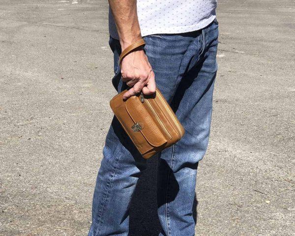foto bolso de mano hombre de piel mod.bolsillo-min