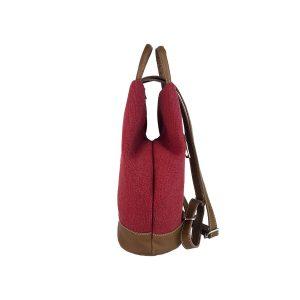 mochila antirrobo de lona roja y piel cuero 3